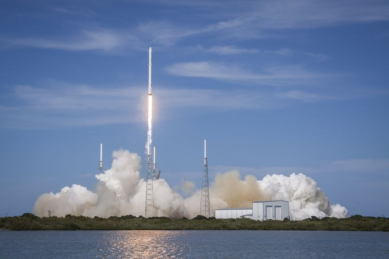 SpaceX's Falcon 9 rocket during launch. (SpaceX)