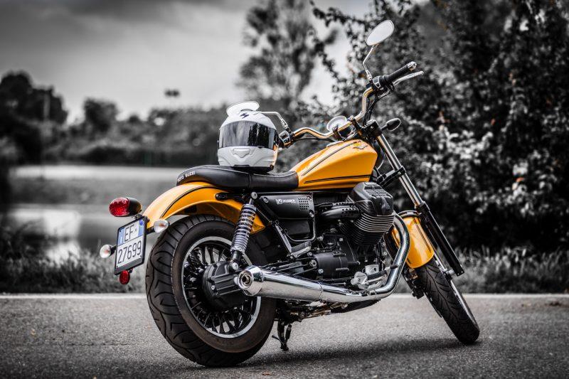 moto guzzi v9 roamer the test ride motorlands. Black Bedroom Furniture Sets. Home Design Ideas