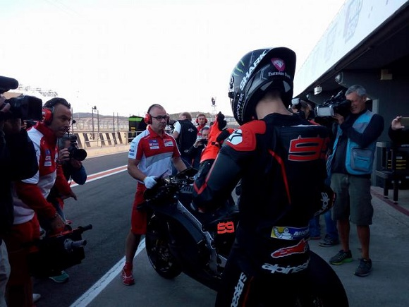 jorge lorenzo and ducati, finally together. first test in valencia