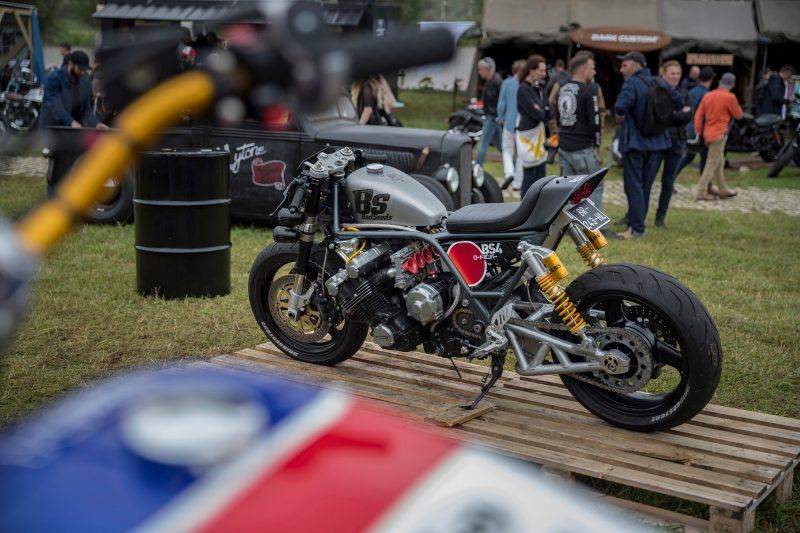 2017 Wheels and Waves, Honda shows its the past and present in Biarritz